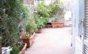 Toirano bilocale con grande terrazzo. Riscaldamento autonomo. rif. 02-498
